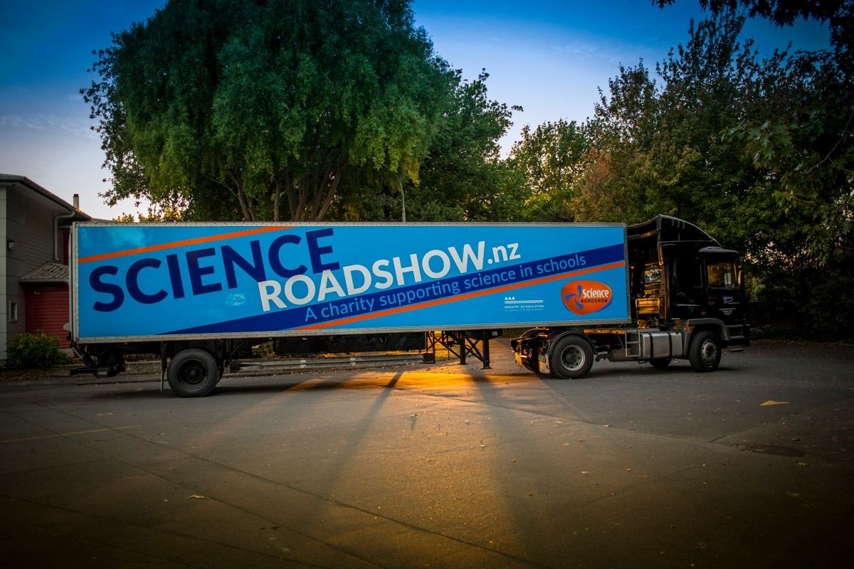 Science Roadshow in Gore