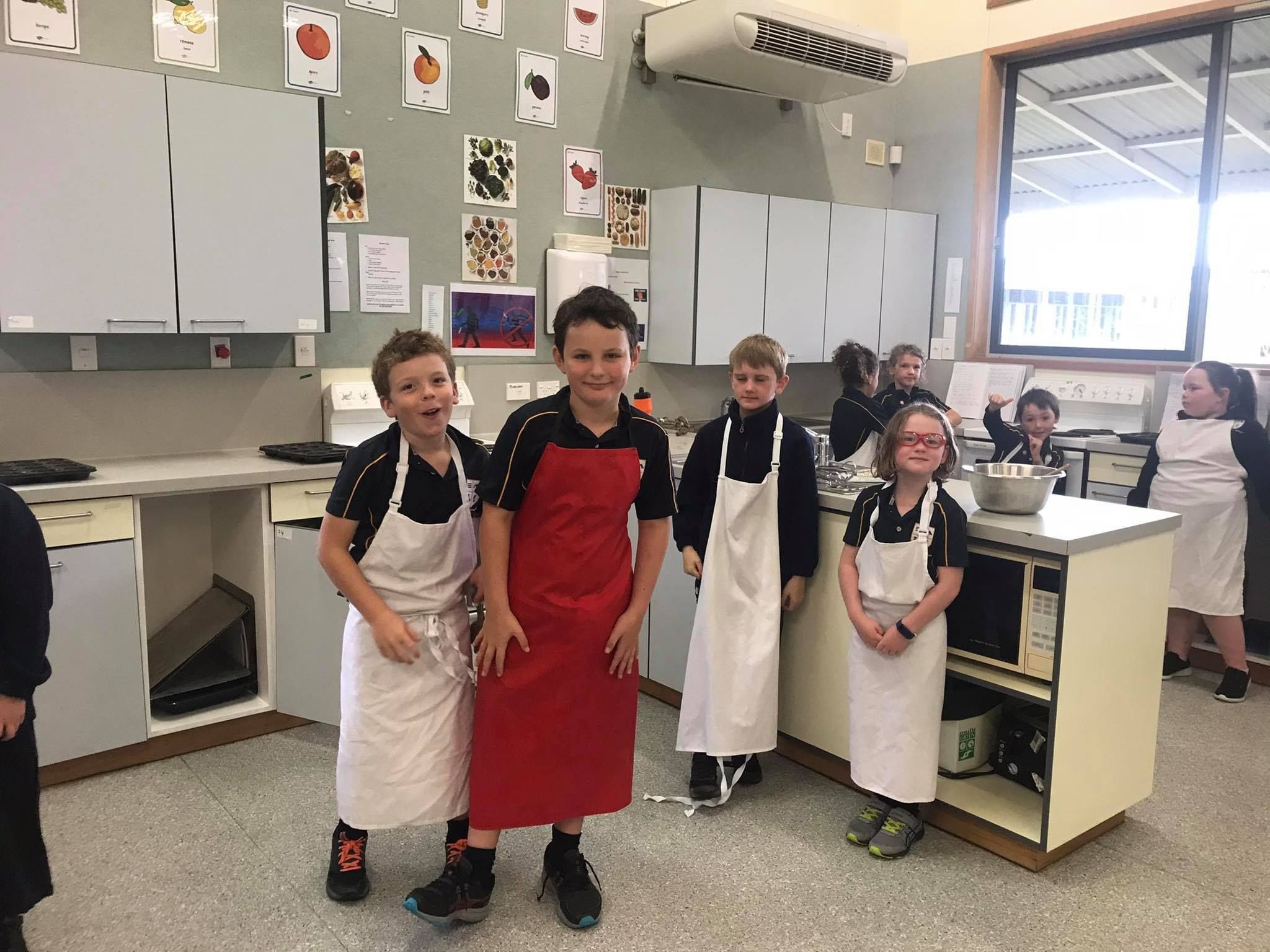 Cooking with Room 2 and 3